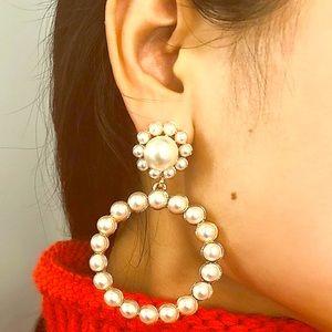 Jewelry - Pearl Bead Hoops